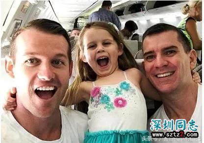 澳大利亚的一对同性恋情侣,通过试管婴儿,喜获一个宝宝!