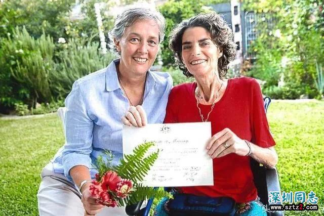 澳大利亚首对合法同性恋婚姻已宣告结束,原因却令人泪流……