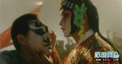 霸王别姬:经典的同性恋电影,人性中的迷恋与背叛,最后凄惨收场