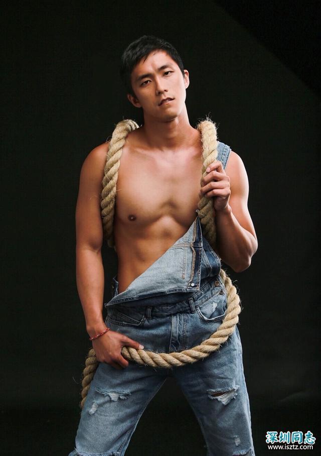 台湾同志电视剧《我的鲜肉弟弟》主角壮硕肌肉